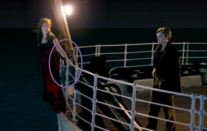 Photo : Top 18 fails that you've never noticed in the movie Titanic